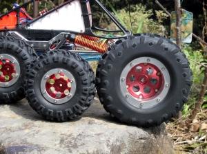 2.2とスーパーサイズのタイヤ比較