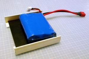 箱の中身はバッテリー