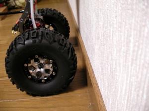 リヤタイヤの隙間は約3cm