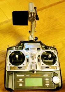 アンテナの位置にカメラマウントを移動